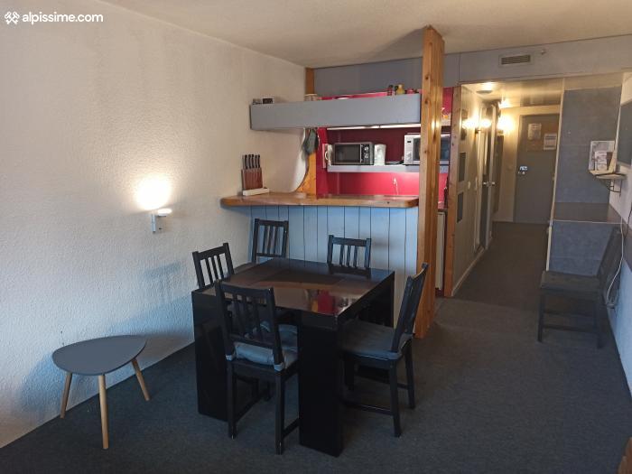 location-studio-Arc-1800-Charvet-6-personnes-1287-1-Alpissime